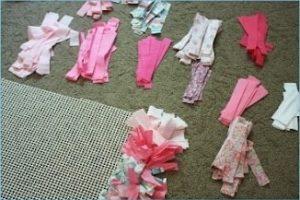 Como hacer una alfombra con tiras de tela - Como hacer alfombras con trapillo ...