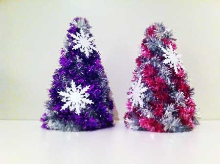 Como hacer arboles de navidad con cajas de carton