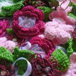 Como hacer flores a crochet decorados con listones
