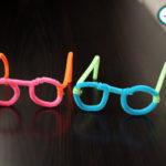 Divertidos lentes hechos con limpiapipas