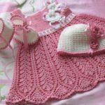 Patrones de vestidos al crochet para bebés y niñas