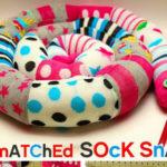 Como hacer un peluche serpiente con calcetines reciclados
