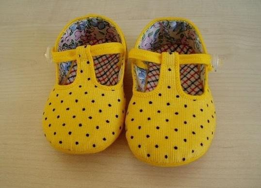 Moldes para zapatitos de bebé en tela - Imagui