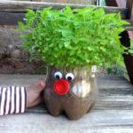 Realiza este pequeño muñeco para decorar tu jardín!