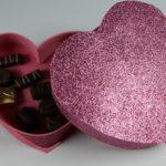 Como hacer una caja de bombones con forma de corazón