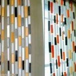 Como hacer una cortina con materiales reciclados